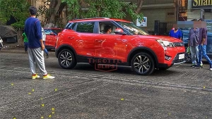 महिंद्रा एक्सयूवी300 ऑटोमेटिक वर्जन जल्द ही होगी लॉन्च, विज्ञापन के शूटिंग के दौरान दिखी