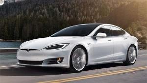 टेस्ला भारत में 2020 तक लॉन्च कर सकता है इलेक्ट्रिक कार, जानिये ईलॉन मस्क ने क्या कहा