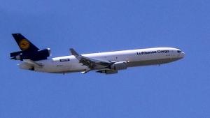 एयरप्लेन का रंग हमेशा सफेद क्यों होता है? जानिये अन्य रंग होने पर क्या होंगे परिणाम
