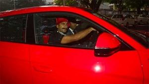 बॉलीवुड सितारों की यह है नई कार, रणवीर सिंह चलाते है करोड़ो की कार