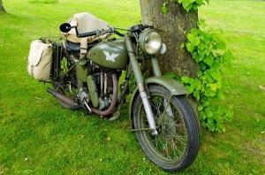 बाइक में क्यों नहीं लगाए जाते हैं डीजल इंजन, जानिये कुछ रोचक तथ्य
