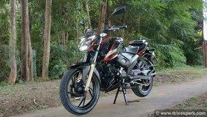 टीवीएस अपाचे आरटीआर 200 बीएस-6 रिव्यू: नए फीचर्स, तकनीक और बेहतर इंजन के साथ है परफेक्ट बाइक