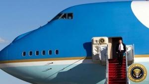 एयर फोर्स वन: जानें इस उड़ते हुए व्हाइट हाउस के बारे में, जिससे भारत आ रहे हैं राष्ट्रपति ट्रंप