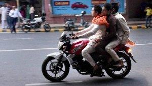 अब बाइक पर रियर-व्हील कवर होगा अनिवार्य, केंद्र सरकार ने किया मोटर वाहन एक्ट में संशोधन