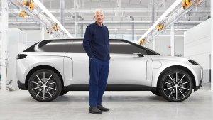 UK's Richest Man Builds Own EV To Rival Tesla: टेस्ला को टक्कर देने आ रही है यह इलेक्ट्रिक कार