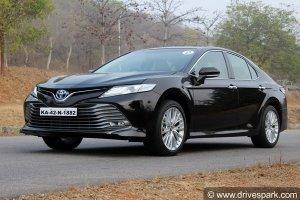 Toyota Camry BS6 Hybrid Car Launched In India: टोयोटा कैमरी बीएस6 हाइब्रिड कार भारत में हुई लाॅन्च