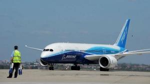 Aviation Ministry DirectsTo Operate 45% Flights: अब एयरलाइंस कंपनियां उड़ा सकती हैं 45% विमान