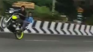 Bangalore Bike Incident: बैंगलोर में हुआ बड़ा बाइक हादसा, स्टंट ने ले ली 3 की जान