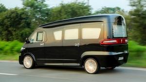 Tata Winger Modified Into Luxury MPV: टाटा विंगर को मिले लग्जरी कार के फीचर्स, देखें तस्वीरें