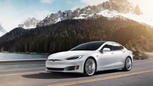 Tesla Model S Electric Car: टेस्ला मॉडल एस बनी सिंगल चार्ज पर सबसे अधिक चलने वाली कार, जानें