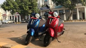 Bajaj Chetak e-Scooter Bookings Resume: बजाज चेतक इलेक्ट्रिक स्कूटर की ऑनलाइन बुकिंग हुई शुरू
