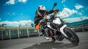 KTM Developing New 500 cc Bike In India: केटीएम ला रही है नई 500 cc बाइक, पुणे में होगा उत्पादन