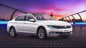 Volkswagen Passat Facelift Spy Pics: फॉक्सवैगन पसाट फेसलिफ्ट टेस्टिंग के दौरान आई नजर