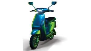 BGauss Electric Scooter Unveiled: बीगॉस ने किया अपनी पहली दो इलेक्ट्रिक वाहन का खुलासा