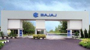 Bajaj Auto Announces Salary Cut By 50%: बजाज के औरंगाबाद प्लांट के कर्मचारियों को मिलेगा आधा वेतन