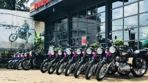 Royal Enfield 1000 Bikes Delivery: रॉयल एनफील्ड ने केरल में एक दिन में हजार बाइक की डिलीवरी की