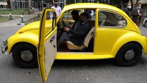IIT Delhi Convert Vintage Beetle Into EV: आईआईटी दिल्ली ने विंटेज बीटल कार को ईवी में किया तब्दील