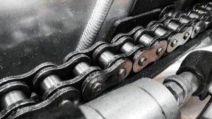 Motorcycle Chain Care: इस तरह रखेंगे बाइक चेन का ख्याल तो चलेगी सालों साल, जानें आसान टिप्स