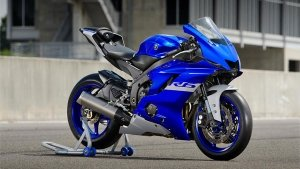 Yamaha YZF-R6 To Be Discontinued: यामाहा वाईजेडएफ-आर6 नए साल से होगी बंद, जानें क्या है वजह