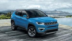 Jeep Compass December Discount: जीप कम्पास पर दिसंबर महीने में मिल रही 2 लाख रुपये की छूट
