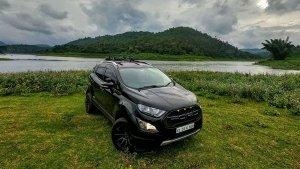 Ford EcoSport Modified: फोर्ड ईकोस्पोर्ट को मॉडिफाई कर दिया ऑल-ब्लैक थीम, लग रही शानदार
