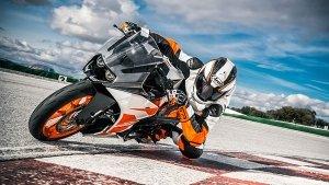 2021 KTM RC 200 Spotted: नई केटीएम आरसी 200 की तस्वीरें आईं सामने, अगले साल होगी लॉन्च