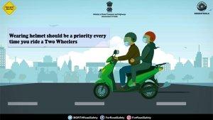 Road Safety Month 2021: वाहन चलाते समय अगर अपनाएंगे ये सेफ्टी टिप्स, तो रहेंगे हमेशा सुरक्षित