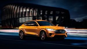 Ford Mustang Best Selling Sports Car: फोर्ड मस्टैंग बनी दुनिया की सबसे ज्यादा बिकने वाली स्पोर्ट्स कार