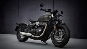 2021 Triumph Bonneville Bobber भारत 11.75 लाख रुपये की कीमत में हुई लॉन्च, जानें डिजाईन, फीचर्स, इंजन