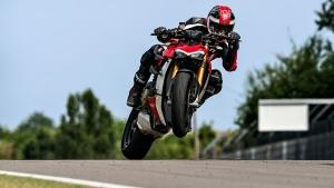 Ducati India ने लॉन्च की अपनी 2021 Streetfighter V4 व V4 S बाइक, जानें क्या है कीमत