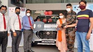 Canteen Stores Department के तहत पहली Nissan Magnite हुई डिलीवर, फौज के एक जवान ने खरीदी