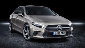 मर्सिडीज-बेंज ने छह महीने में बेची 4,857 कारें, बिक्री 65 प्रतिशत बढ़ी