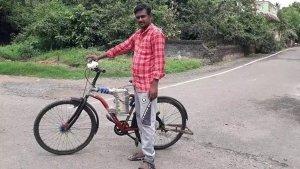 तमिलनाडु के इस व्यक्ति ने सिर्फ 20,000 रुपये में बनाई इलेक्ट्रिक-साइकिल, जानें कितनी है रेंज
