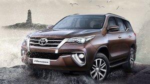टोयोटा ने जून में बेची 8,801 यूनिट कारें, बिक्री 128 प्रतिशत बढ़ी