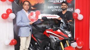 Honda CB200X की डिलीवरी पूरे भारत में हुई शुरू, जानें क्या है कीमत और फीचर्स