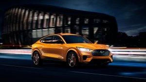 Ford की इलेक्ट्रिक स्पोर्ट्स कार Mustang Mach-e अगले साल हो सकती है भारत में लाॅन्च, जानें 5 खास बातें