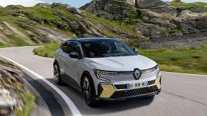 Renault की ये इलेक्ट्रिक कार देती है 470 किलोमीटर की रेंज, स्पेस और फीचर्स में भी है शानदार
