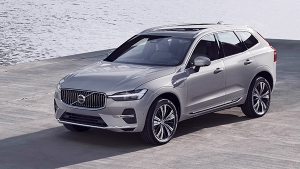 Volvo S90 और XC60 हाइब्रिड कारें हईं लाॅन्च, एडवांस फीचर्स से है लैस, जानें क्या है कीमत