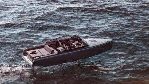 यह इलेक्ट्रिक नाव पानी पर तैरती नहीं बल्कि उड़ती है, जानें कितनी है रेंज और अधिकतम रफ्तार