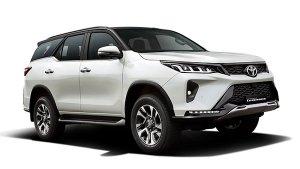 Toyota Fortuner Legender 4X4 भारत में 42.33 लाख रुपये की कीमत में हुई लॉन्च, जानें इंजन, फीचर्स