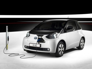 टोयोटा भी भारत में लॉन्च करेगा इलेक्ट्रिक कार, किया बड़ा खुलासा