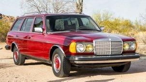 Mercedes-Benz की यह कार चल चुकी है 12 लाख किलोमीटर, अब हो रही है नीलाम, देखें तस्वीरें