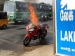Video: जानिए क्या हुआ जब लगी बजाज पल्सर RS 200 में आग?
