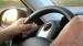 मैनुअल मोड में कार ड्राइविंग; भूलकर भी ना करें ये गलतियां