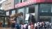 मुंबई में शोरूम से बहार आ गिरी किया सेल्टोस एसयूवी